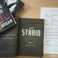 Cine: GUILLERMO DEL TORO, CHUCK HOGAN SIGNED AUTOGRAFO THE STRAIN NOVEL 3 1ST EDITION BOOKS WCOA. Lote 237138790