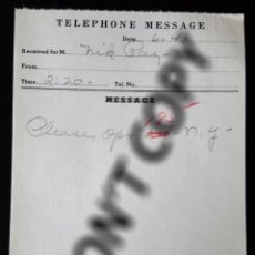 """Cine: 2 NOTES OF TELEPHONE MESSAGES RECEIVED FOR MR. """"NIK"""" RAY. BELONGED TO NICHOLAS RAY.. Lote 257629165"""