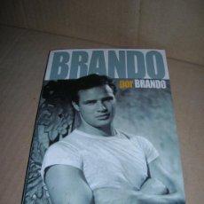 Cine: BRANDO POR BRANDO. BIOGRAFIA DE MARLON BRANDO. LAS OPINIONES DEL MITO, RECOGIDAS EN FOTOGRAMAS. 2004. Lote 28893908