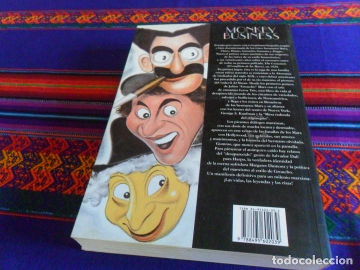 Cine: MONKEY BUSINESS LA VIDA Y LEYENDA DE LOS HERMANOS MARX. T&B EDITORES 3ª EDICIÓN 2001. SIMON LOUVISH. - Foto 3 - 181017948