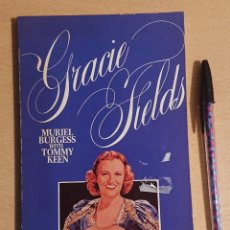 Cine: GRACIE FIELDS · MURIEL BURGESS WITH TOMMY KEEN · A STAR BOOK, 1981. Lote 220103778