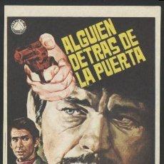 Cine: P-0383- ALGUIEN DETRAS DE LA PUERTA (QUELQU'UN DERRIÈRE LA PORTE) CHARLES BRONSON - ANTHONY PERKINS. Lote 157744413