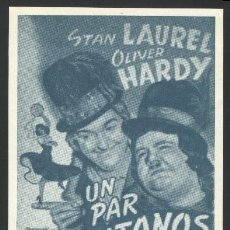 Cine: P-3796- UN PAR DE GITANOS (STAN LAUREL - OLIVER HARDY - THELMA TODD - ANTONIO MORENO). Lote 22605035