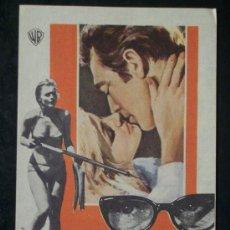 Cine: NO BESES A UN EXTRAÑO ( PAUL BURKE / CAROL LYNLEY). Lote 12485039