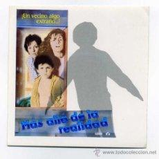 Cine: MAS ALLA DE LA REALIDAD . PROGRAMA-ADESIVO-PEGATINA.. Lote 114646834