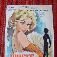 Cine: MUERE UNA MUJER, CON CENSURA PECHOS TAPADOS ORIGINAL IFISA, S/P. PRECIO DE OFERTA.. Lote 26893423