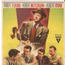 Cine: ENCRUCIJADA DE ODIOS - ROBERT YOUNG, ROBERT MITCHUM, ROBERT RYAN - DIRECTOR EDWARD DMYTRYK. Lote 26395576