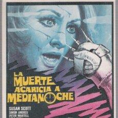 Foglietti di film di film antichi di cinema: LA MUERTE ACARICIA A MEDIANOCHE. SENCILLO DE CB FILMS.. Lote 118702452