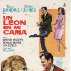 Cine: UN LEON EN MI CAMA. TONY RANDALL - SHIRLEY JONES. Lote 32764846