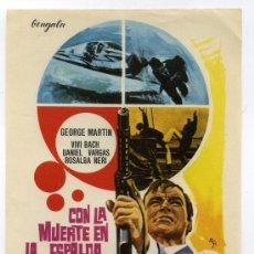 Cine: CON LA MUERTE EN LA ESPALDA, CON GEORGE MARTIN.. Lote 267865214