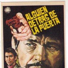 Cine: ALGUIEN DETRAS DE LA PUERTA - CHARLES BRONSON - 1971 - SIN PUBLICIDAD. Lote 31817543