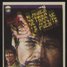 Cine: P-0384- ALGUIEN DETRAS DE LA PUERTA (ERROR DE IMPRESIÓN) (CHARLES BRONSON - ANTHONY PERKINS) . Lote 35064712