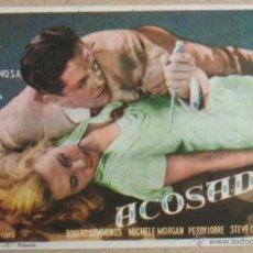 Cine: FOLLETO DE MANO CINE ACOSADOS CON PUBLICIDAD. Lote 41008337