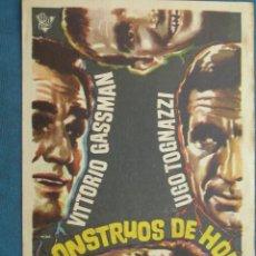 Flyers Publicitaires de films Anciens: PROGRAMA DE MANO . MONSTRUOS DE HOY . CON PUBLICIDAD .( VER FOTO ADICIONAL ). . Lote 45028213