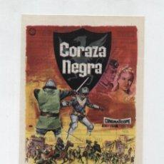 Folhetos de mão de filmes antigos de cinema: CORAZA NEGRA. SENCILLO DE IZARO FILMS. CINE SAN JUAN BOSCO - SEVILLA. ¡IMPECABLE!. Lote 48362032
