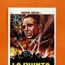 Cine: FOLLETO DE MANO MODERNO - LA QUINTA OFENSIVA - RICHARD BURTON - GRAFICAS MARFIL - . Lote 48953211