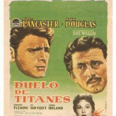 Cine: DUELO DE TITANES - BURT LAANCASTER, KIRK DOUGLAS - DIRECTOR JOHN STURCES - PARAMOUNT. Lote 49000198