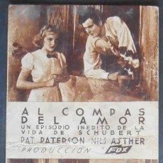 Cine: AL COMPAS DEL AMOR,FOLLETO DE MANO,(7887),CARTULINA,CONSERVACION,VER FOTOS. Lote 50104281
