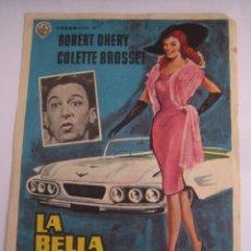 Cine: LA BELLA AMERICANA FOLLETO DE MANO ORIGINAL ESTRENO CON CINE IMPRESO. Lote 51178307