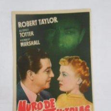 Cine: PROGRAMA FOLLETO MANO DE CINE DE LOGROÑO MURO DE TINIEBLAS. ROBERT TAYLOR. TEATRO MODERNO TDKP6. Lote 53553642