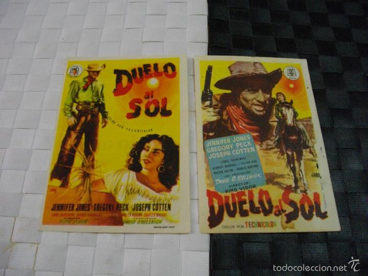 FOLLETOS DE LA MITICA PELICULA DUELO AL SOL DIFICILES DE CONSEGUIR LOS 2 JUNTOS (Cine - Folletos de Mano - Westerns)