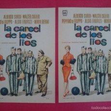 Cine: LOTE 2 FOLLETO, PROGRAMA CINE - LA CARCEL DE LOS LIOS (1955) -ALBERTO SORDI - WALTER CHIARI.. R-2990. Lote 57689396