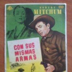 Cine: CON SUS MISMAS ARMAS - ROBERT MICHUM - PUBLICIDAD. Lote 57693819