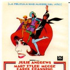 Cine: MILLIE UN CHICA MODERNA (FOLLETO DE MANO ORIGINAL SIN PUBLICIDAD) JULIE ANDREWS. Lote 146107733
