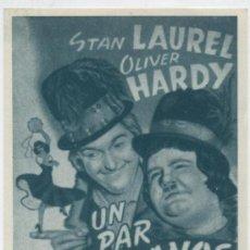 Cine: UN PAR DE GITANOS, STAN LAUREL Y OLIVER HARDY. Lote 65844186