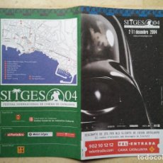 Folhetos de mão de filmes antigos de cinema: PROGRAMACION GUIA ORIGINAL - SITGES 2004 - STAR WARS - DARTH VADER EN PORTADA. Lote 68085569
