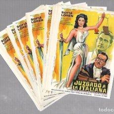 Cine: LOTE DE 50 PROGRAMAS DE CINE IGUALES. JUZGADO A LA ITALIANA. SOFIA LOREN. 11 X 16CM . Lote 78120653