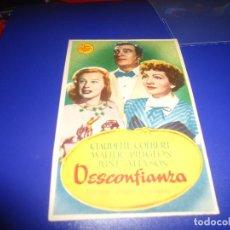 Cine: PROGRAMA DE MANO ORIGINAL - DESCONFIANZA - SIN PUBLICIDAD ( PEDIDO MINIMO 5 EUROS ). Lote 82528948