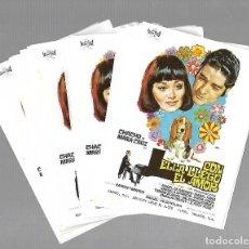 Folhetos de mão de filmes antigos de cinema: LOTE DE 50 PROGRAMAS DE CINE IGUALES. CON ELLA LLEGO EL AMOR. 10 X 14CM. Lote 85027100