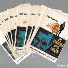 Cine: LOTE DE 50 PROGRAMAS DE CINE IGUALES. LOS GANGSTERS NO SE JUBILAN. LINO VENTURA. 9 X 13CM. Lote 85031280