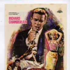 Cine: ACUSACIÓN DE ASESINATO, CON RICHARD CHAMBERLAIN. C/I.. Lote 96054899