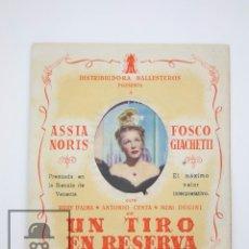 Cine: PROGRAMA DE CINE DOBLE TROQUELADO - UN TIRO EN RESERVA - LUX - AÑO 1943. Lote 98438495
