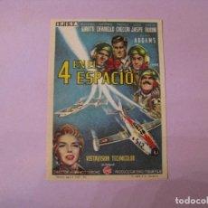 Folhetos de mão de filmes antigos de cinema: FOLLETO DE MANO. CINE. 4 EN EL ESPACIO. 11,5X8,5 CM. 1961.. Lote 102100103