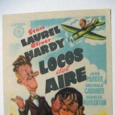 Cine: PROGRAMA DE MANO LOCOS DEL AIRE - STAN LAUREL Y OLIVER HARDY SIN PUBLICIDAD AL DORSO. Lote 102492559