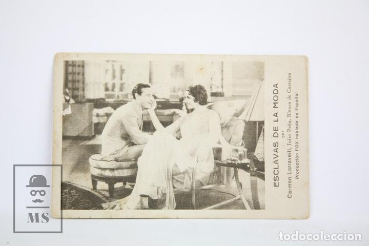 PROGRAMA DE CINE / TARJETA FOTOGRAMA - ESCLAVAS DE LA MODA - CON PUBLICIDAD - FOX, AÑO 1932 (Cine - Folletos de Mano - Drama)