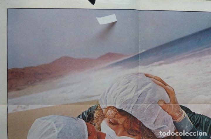 Cine: Young doctor in love movie poster,1982,twentieth century-Fox. - Foto 4 - 109986395