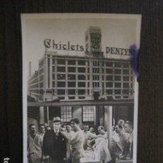 Cine: EL GRAN CHARCO-PROGRAMA CINE COLISEUM- CHEVALIER -PUBLICIDAD CHICLETS ADAMS -VER FOTOS - (C-4.120). Lote 113834427