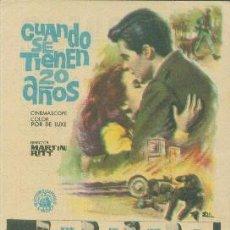 Cine: CUANDO SE TIENEN 20 AÑOS (CON PUBLICIDAD). Lote 114216407