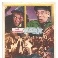 Cine: UNA NOCHE EN LA OPERA PROGRAMA SENCILLO MGM HERMANOS MARX ALLAN JONES. Lote 114909307