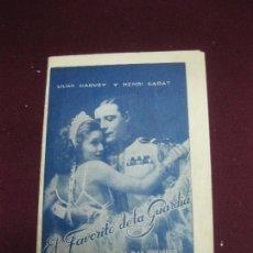 Cine: PROGRAMA DE CINE DESPLEGABLE. . EL FAVORITO DE LA GUARDIA. LILIAN HARVEY Y HENRY GARAT. 1932. . Lote 120402663