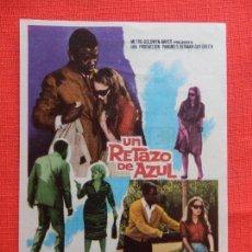Cine: UN RETAZO DE AZUL, IMPECABLE SENCILLO, SIDNEY POITER, CON PUBLI MODERNO 1967. Lote 127773523