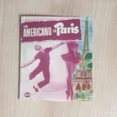 Flyers Publicitaires de films Anciens: PROGRAMA DE MANO TROQUELADO. CINE. UN AMERICANO EN PARÍS. G. KELLY.. Lote 127998058