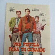 Cine: UNA PISTOLA PARA UN COBARDE FRED MCMURRAY FOLLETO DE MANO ORIGINAL PERFECTO ESTADO. Lote 139757646