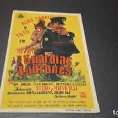 Cine: PROGRAMA DE MANO ORIGINAL- GUARDIAS Y LADRONES - CINE DE MALAGA . Lote 140198154