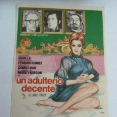 Flyers Publicitaires de films Anciens: UN ADULTERIO DECENTE CARMEN SEVILLA FOLLETO DE MANO ORIGINAL ESTRENO PERFECTO ESTADO. Lote 148495874
