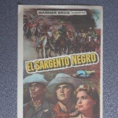 Flyers Publicitaires de films Anciens: PROGRAMA DE CINE: EL SARGENTO NEGRO CON PUBLICIDAD. Lote 154063218